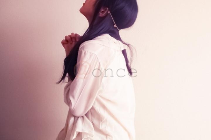 matchingapps-woman-praying